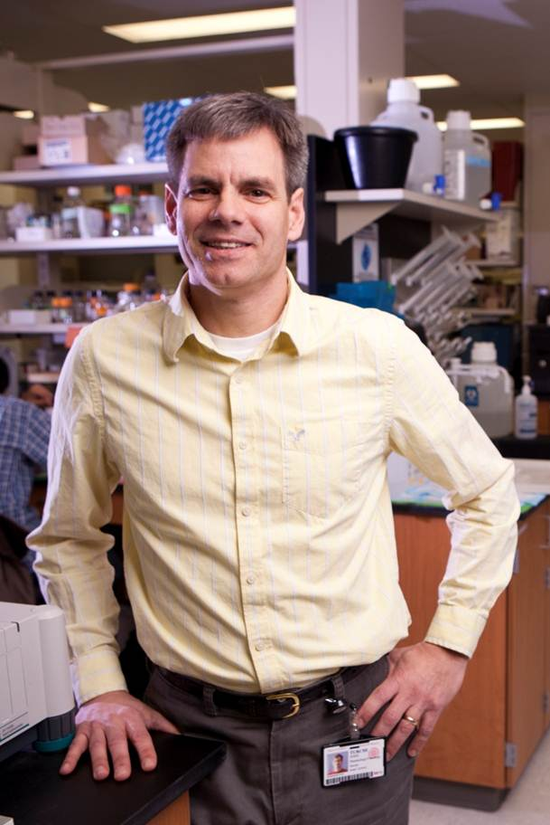 IU cancer researcher receives $2.5 million grant to develop lung cancer treatment