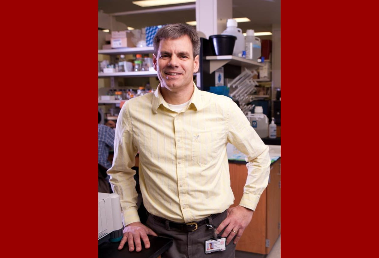 IU researcher receives $2.9 million for work improving effectiveness in lung cancer radiation therapy